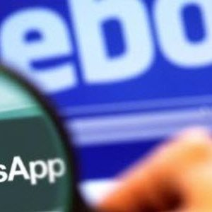 Facebook sur le point de racheter WhatsApp?
