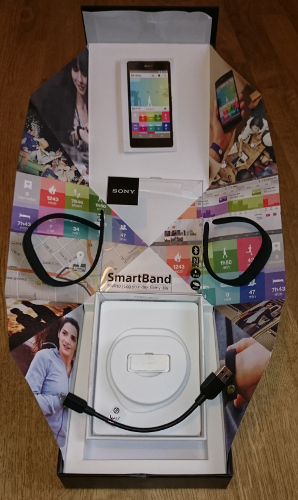 Sony SmartBand SWR10, 1er bracelet connecté de Sony