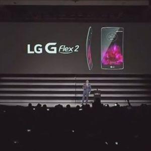 LG G Flex 2 : un 2ème smartphone incurvé, de meilleure qualité et plus puissant #CES2015