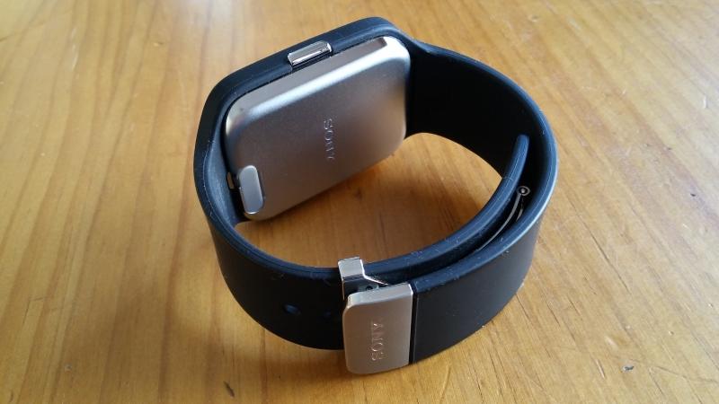 sony smartwatch 3 la montre android wear du sportif. Black Bedroom Furniture Sets. Home Design Ideas