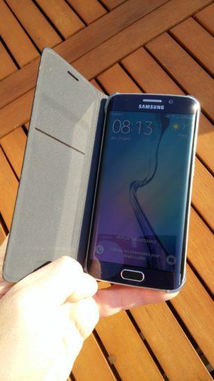 Samsung Flip Wallet :  l'étui officiel du Galaxy S6 Edge [Test]
