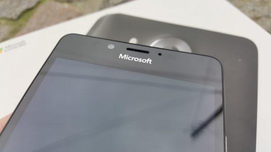 160304_Microsoft_Lumia_950_15