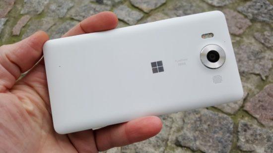 160304_Microsoft_Lumia_950_20