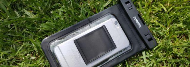 Waterproof case : une solution efficace pour emporter son smartphone partout ? [Test]