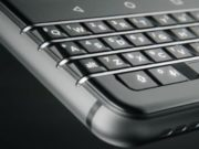 #MWC2017 - le BlackBerry Mercury devient le Blackerry KEYone