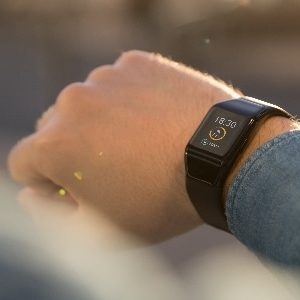 Wiko présente sa gamme de bracelets connectés WiMATE