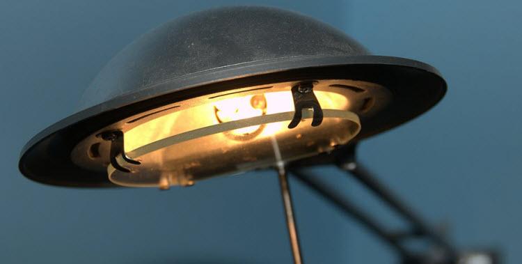 Les ampoules halogènes disparaissent au 1er septembre