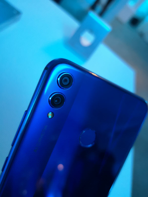 Le Honor 8X envahit la France, voici sa prise en main