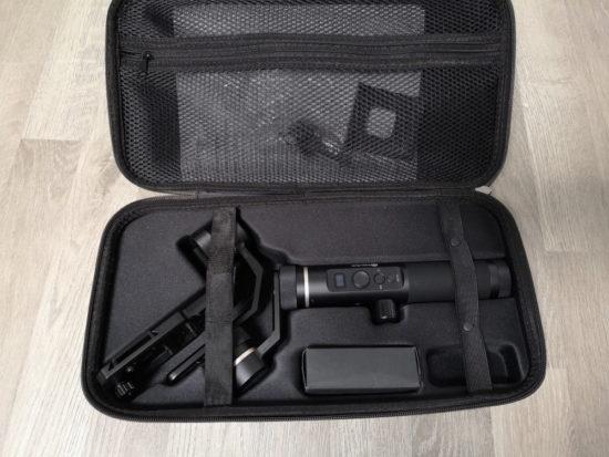 Feiyu Tech G6 Plus : un stabilisateur complet et compatible avec plusieurs types d'appareils [Test]